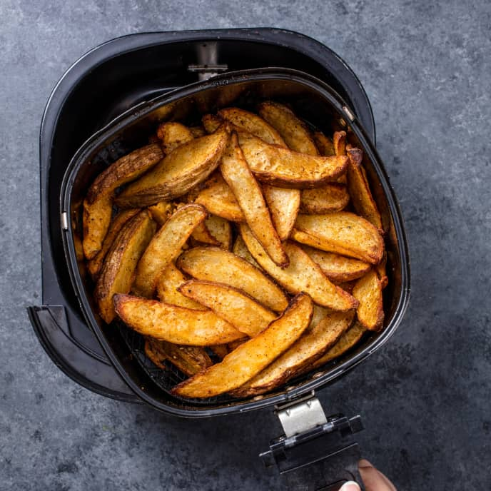 Air-Fryer BBQ Potato Wedges