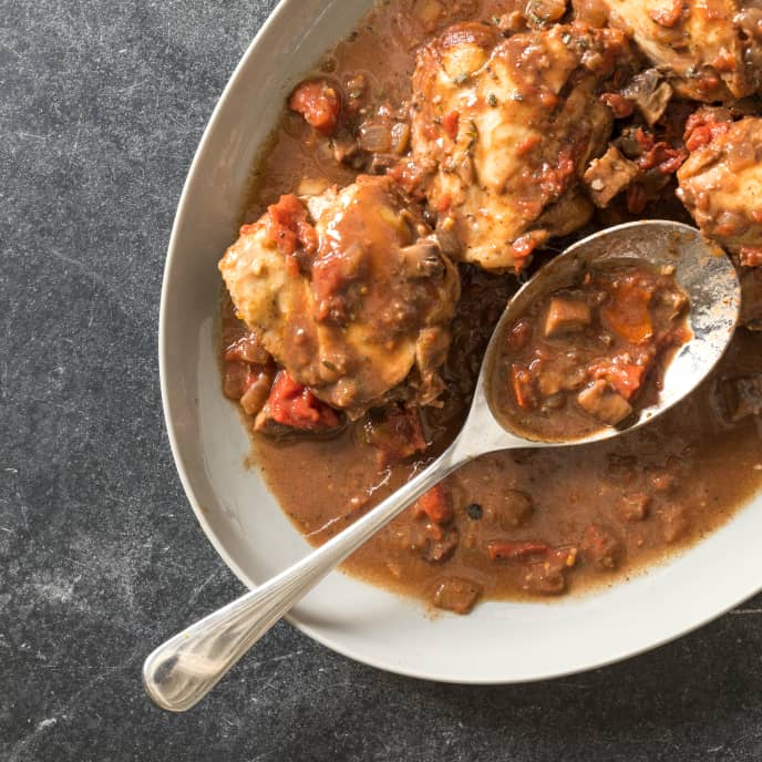 Braised Chicken with Mushrooms and Tomatoes