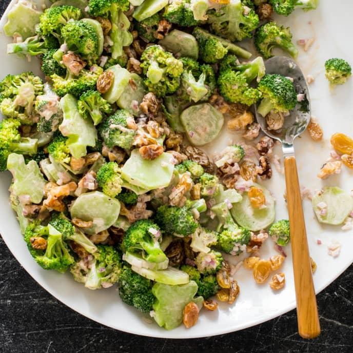 Broccoli Salad with Raisins and Walnuts