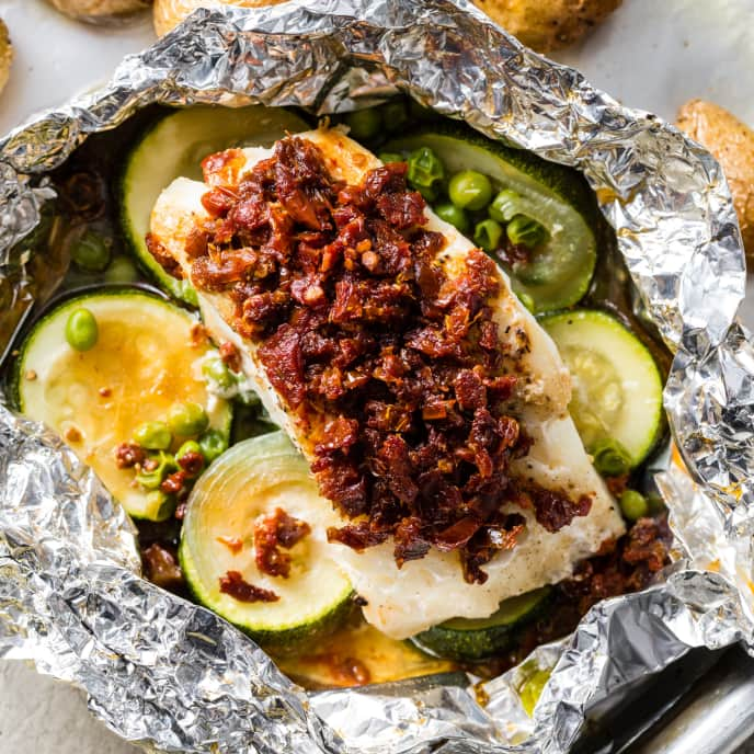 Cod Baked in Foil with Zucchini and Sun-Dried Tomatoes
