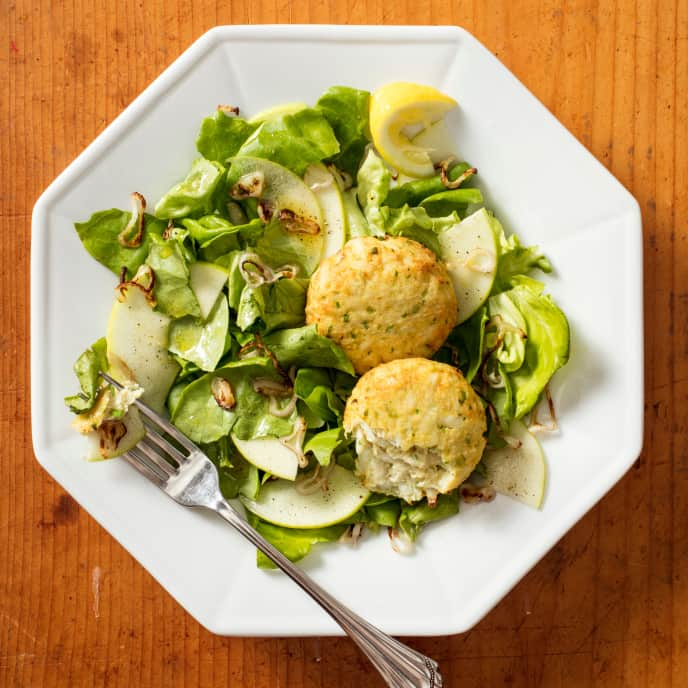 Air-Fryer Crab Cakes with Bibb Lettuce and Apple Salad