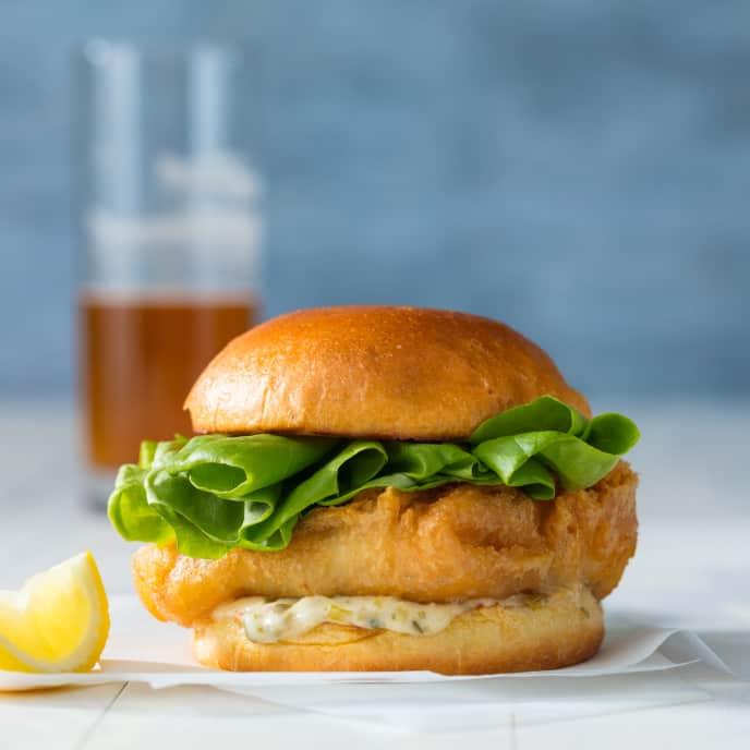 Crispy Fish Sandwiches with Tartar Sauce