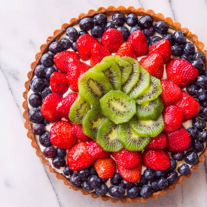 Fresh Fruit Tart with Mascarpone and Honey (Reduced Sugar)