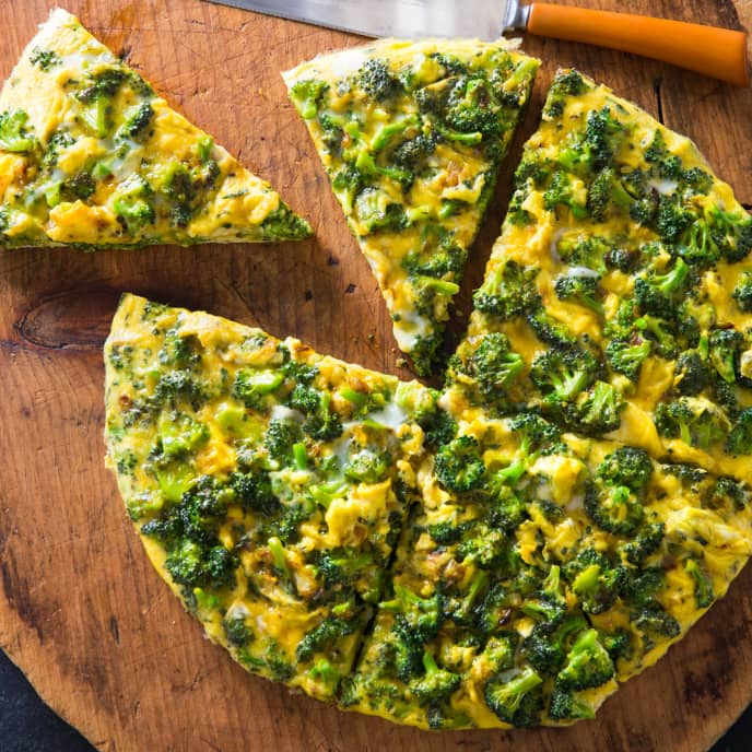 Frittata with Broccoli and Turmeric