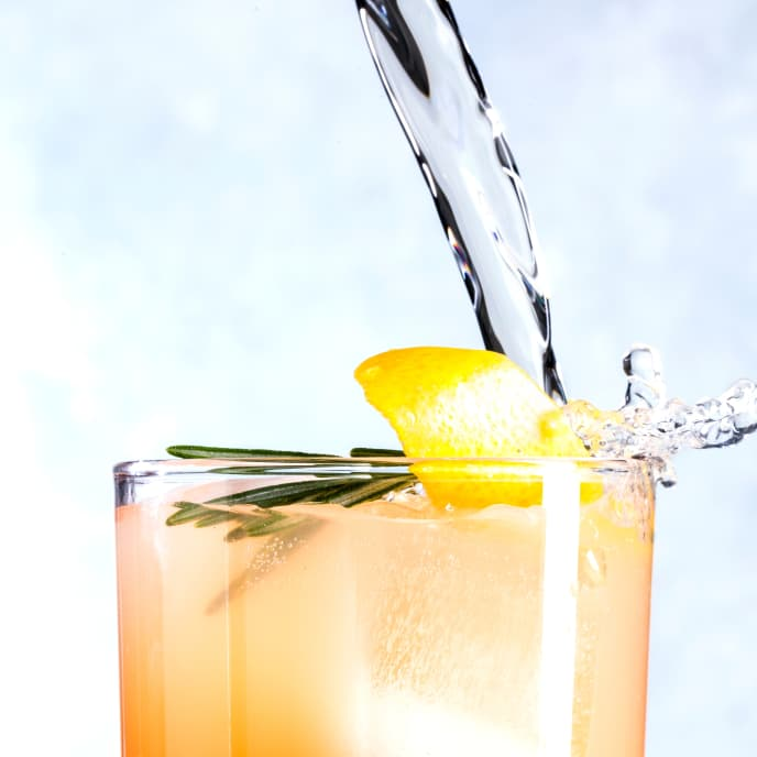 Grapefruit-Rosemary Spritzer
