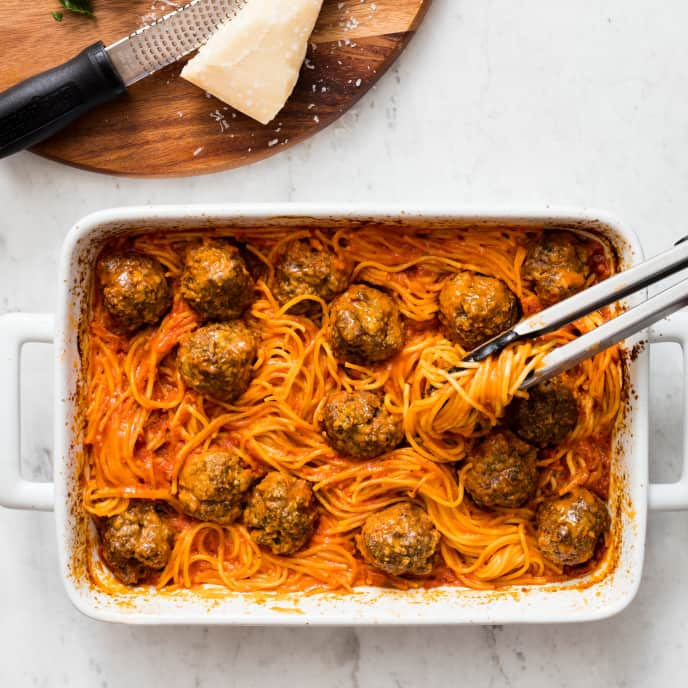One-Pan Hands-Off Spaghetti and Meatballs