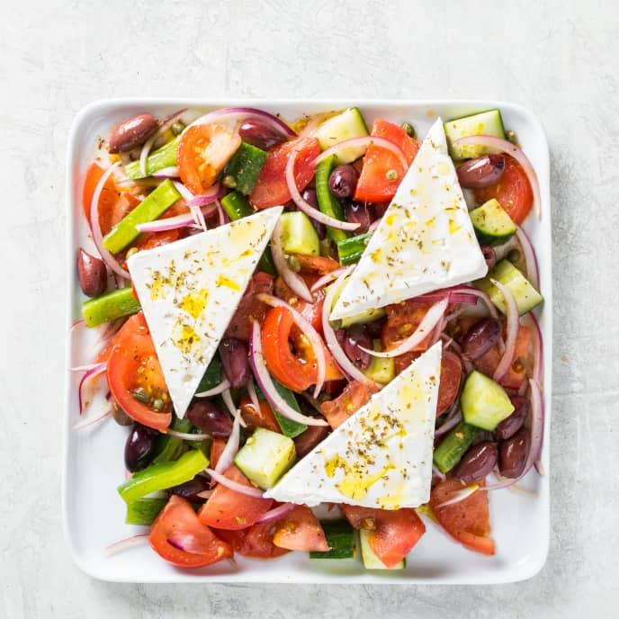 Horiatiki Salata (Hearty Greek Salad)