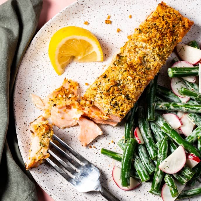Herb-Crusted Salmon with Dilled Green Beans