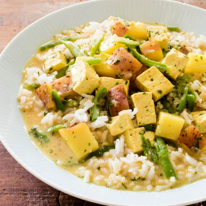 Slow-Cooker Indian-Style Vegetable Curry