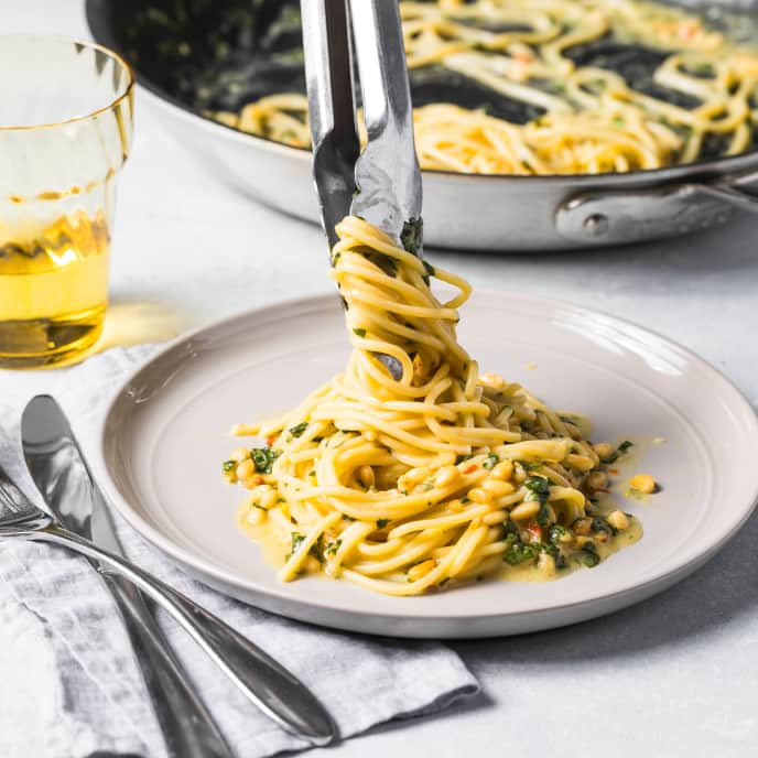 Lemony Spaghetti with Garlic and Pine Nuts for One
