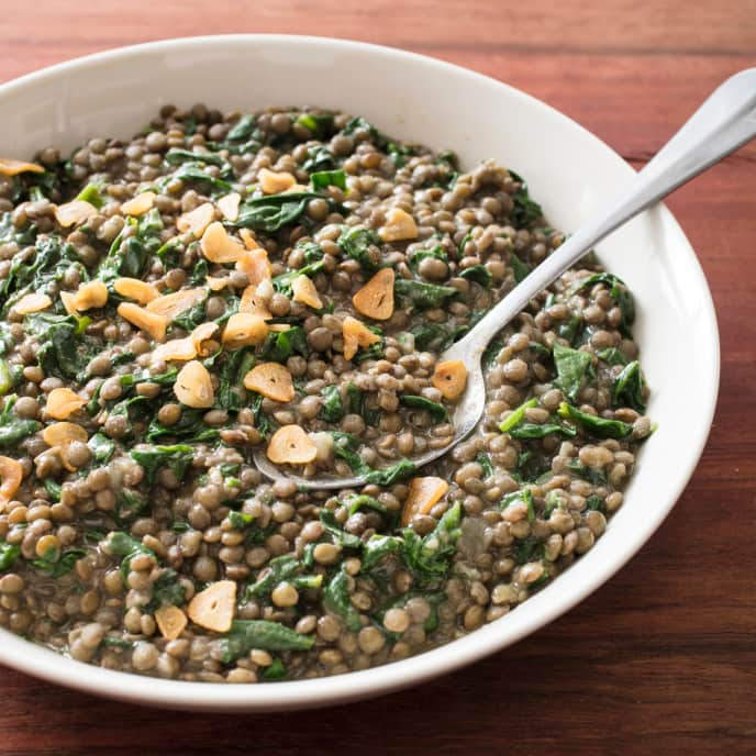 Lentils with Spinach and Garlic Chips
