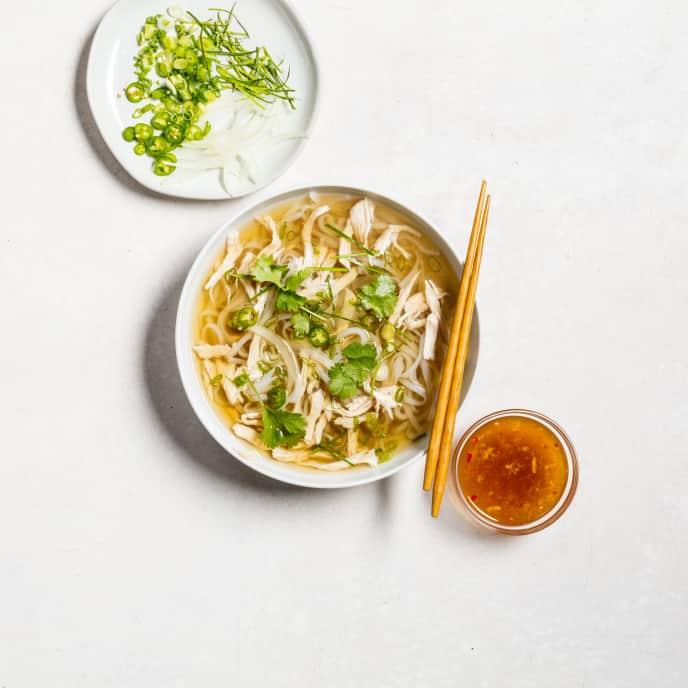 Phở Gà Miền Bắc (Northern Vietnamese-Style Chicken Pho)