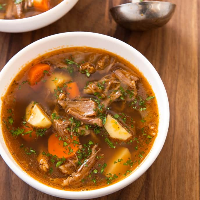 Slow-Cooker Hearty Beef Oxtail Soup