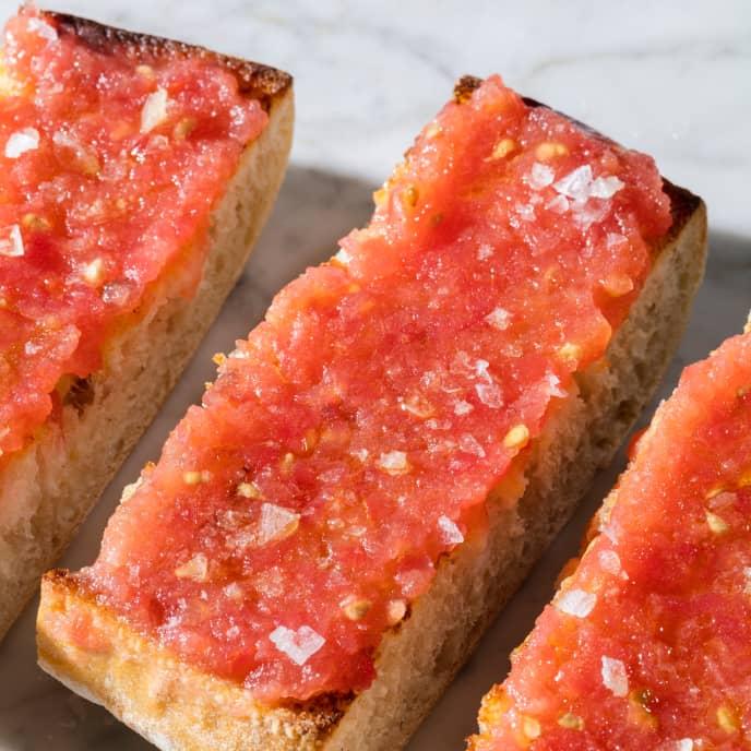 Pa Amb Tomàquet (Catalan Tomato Bread)