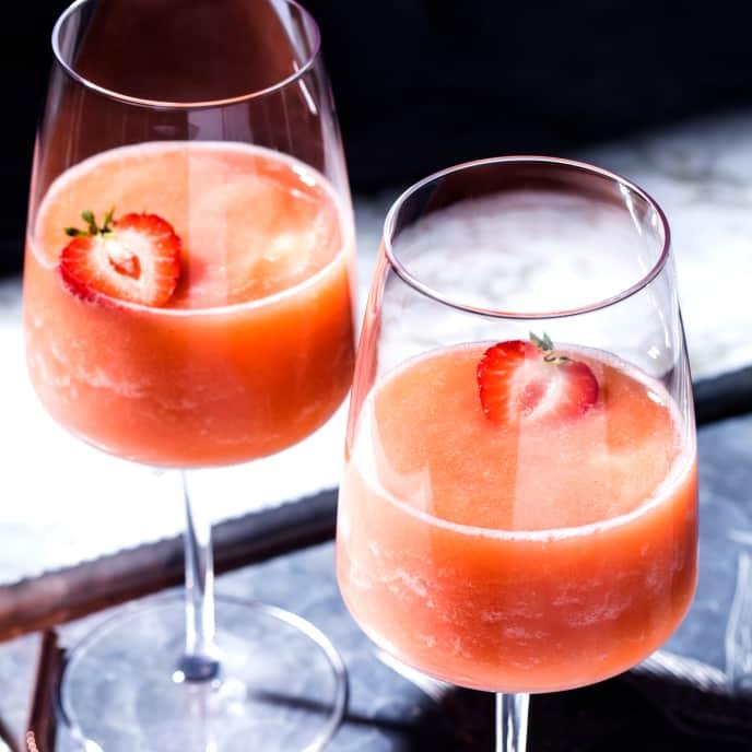 Peach-Strawberry Frosé