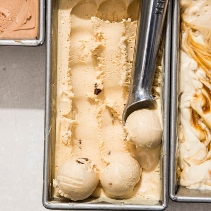 Peanut Butter Cup No-Churn Ice Cream