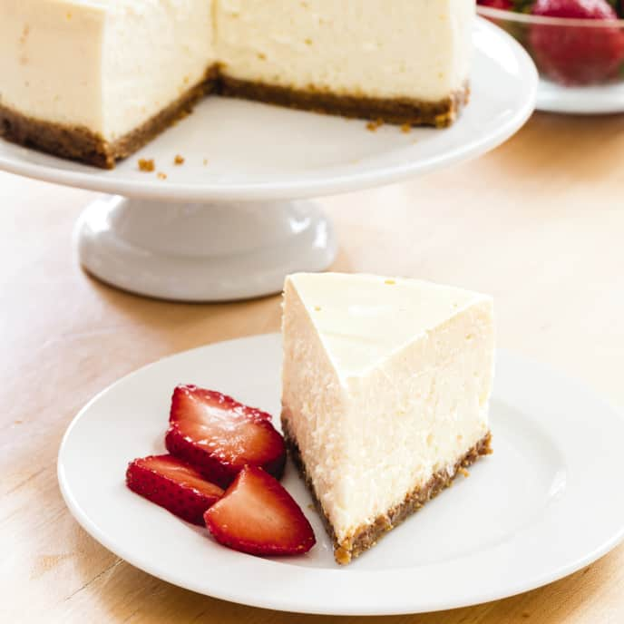 Slow-Cooker Rich and Creamy Cheesecake