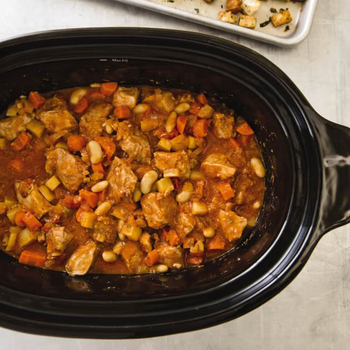 Slow-Cooker Rustic Pork and White Bean Casserole