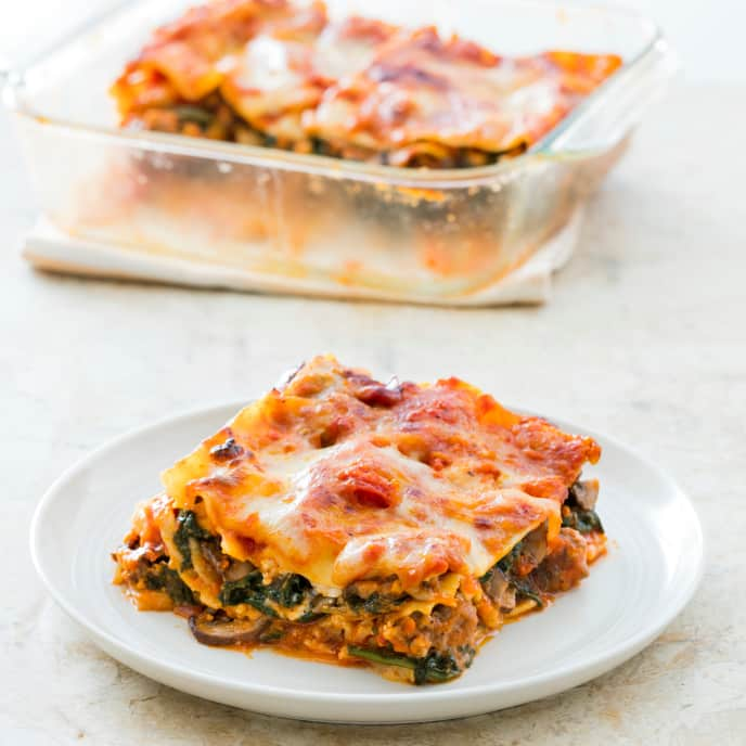 One-Pan Sausage Lasagna with Spinach and Mushrooms