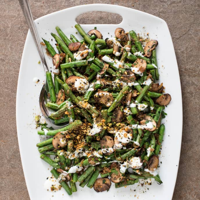 Sautéed Green Beans with Mushroom and Dukkah