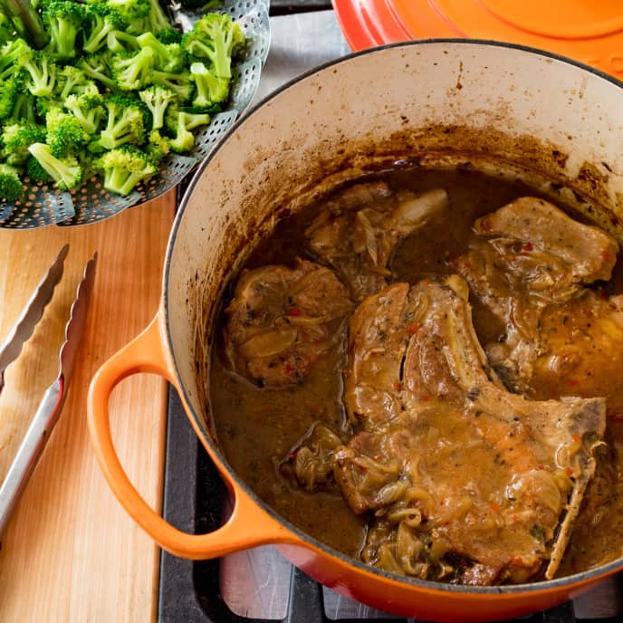 One-Pot Smothered Pork Chops with Broccoli