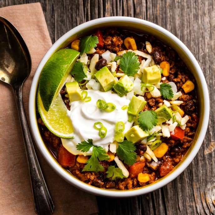 Southwestern Chili with Black Beans and Chipotle