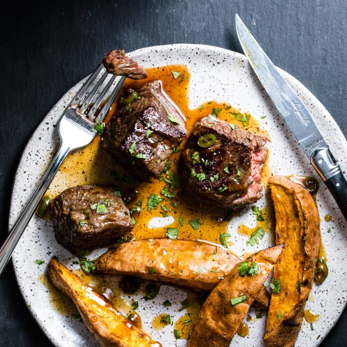 Steak Tips with Sweet Potato Wedges