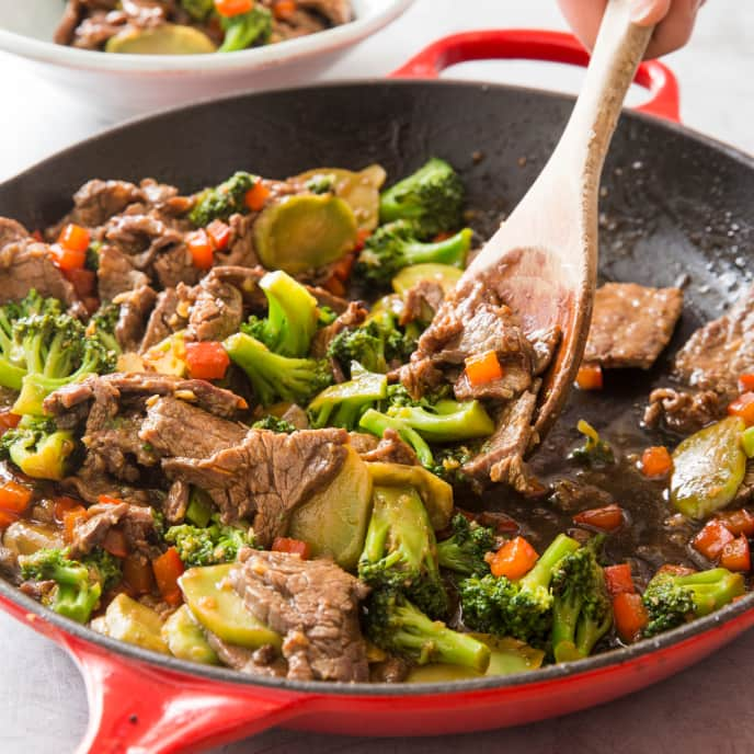 Cast Iron Stir-Fried Beef and Broccoli