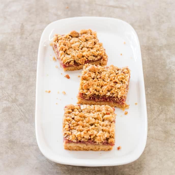 Strawberry–Chamomile Streusel Bars (Reduced Sugar)