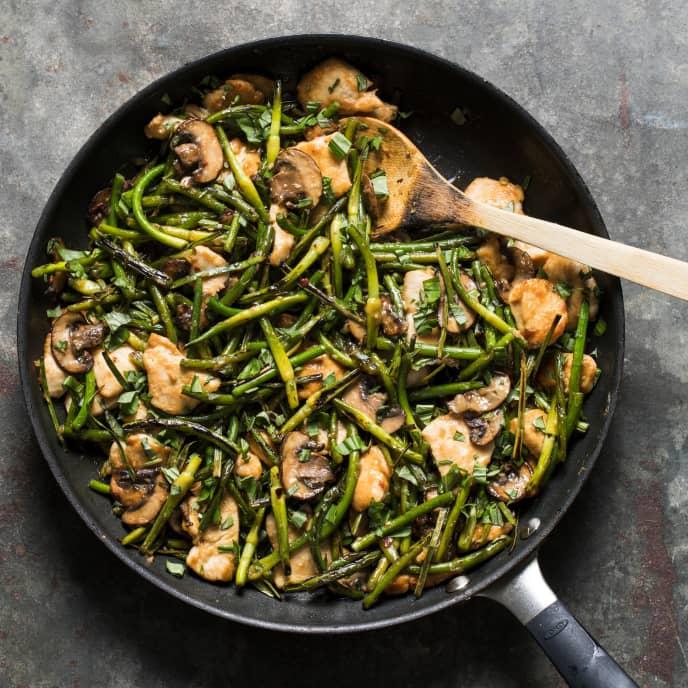 Teriyaki Stir-Fried Garlic Scapes with Chicken