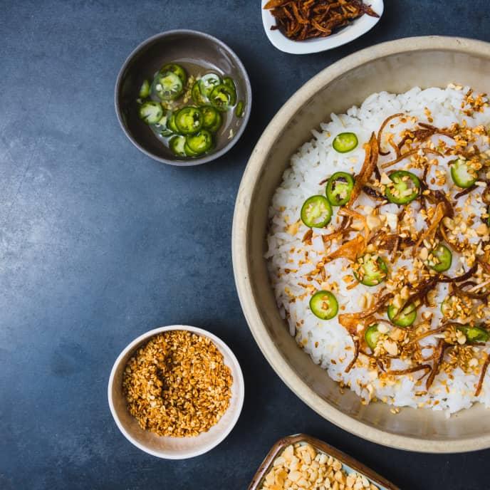 Hung Kao Mun Gati (Thai Coconut Rice)