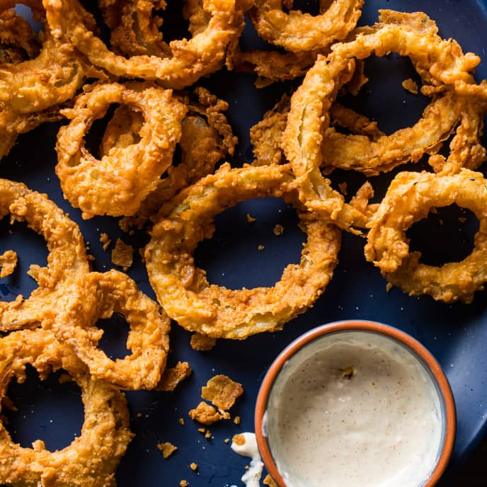 Ultimate Extra-Crunchy Onion Rings