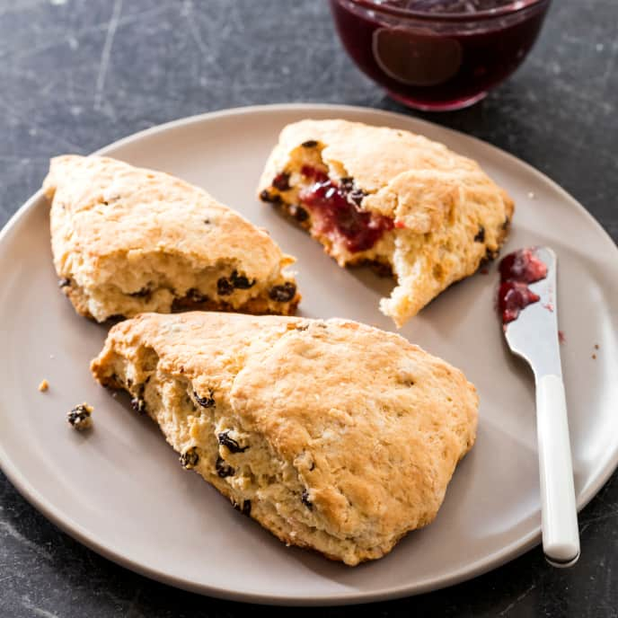 Vegan Currant Scones