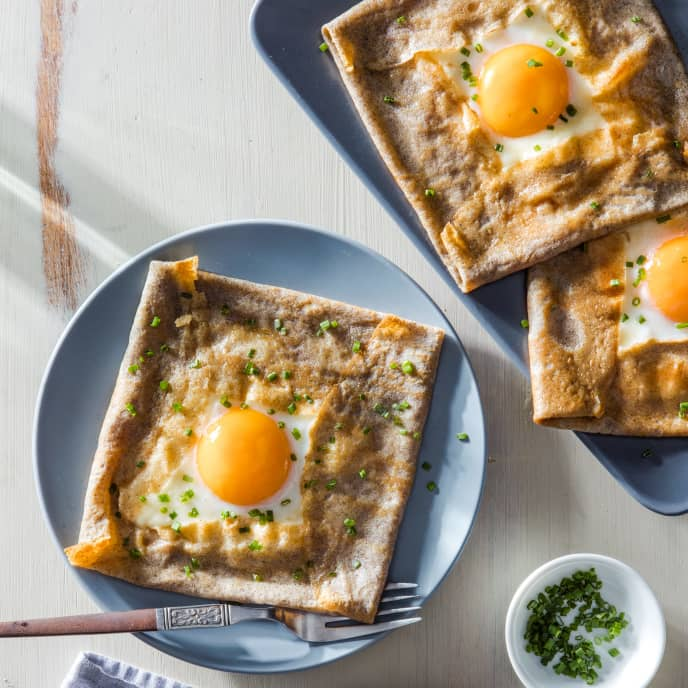 Buckwheat Crepes with Ham, Egg, and Cheese (Galettes Complètes)