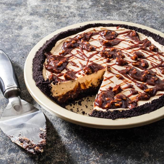 Caramel Turtle Icebox Pie