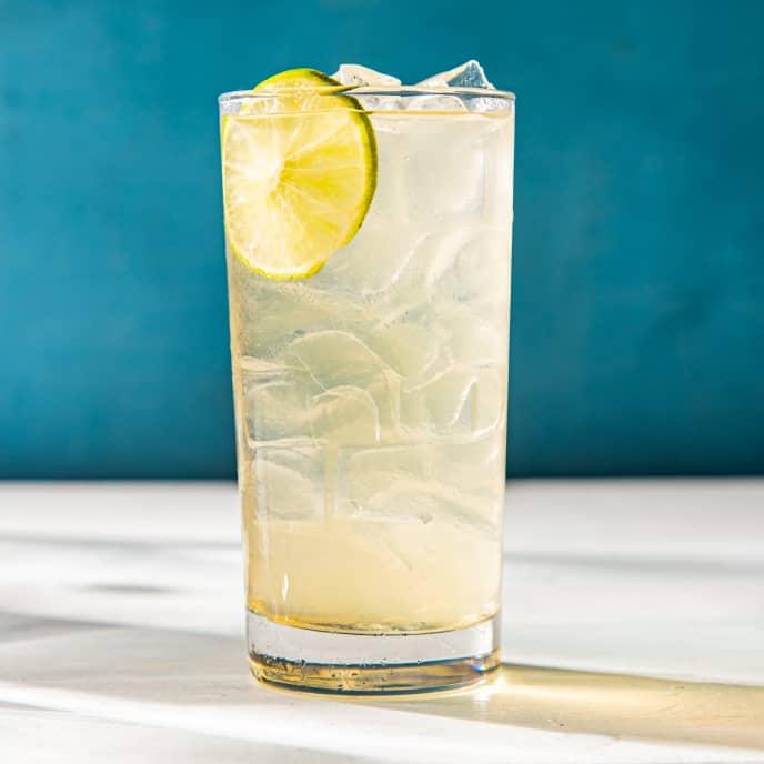 Cucumber-Lime Iced Green Tea