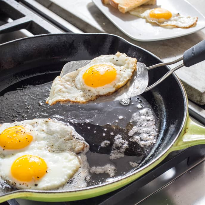 Cast Iron Fried Eggs