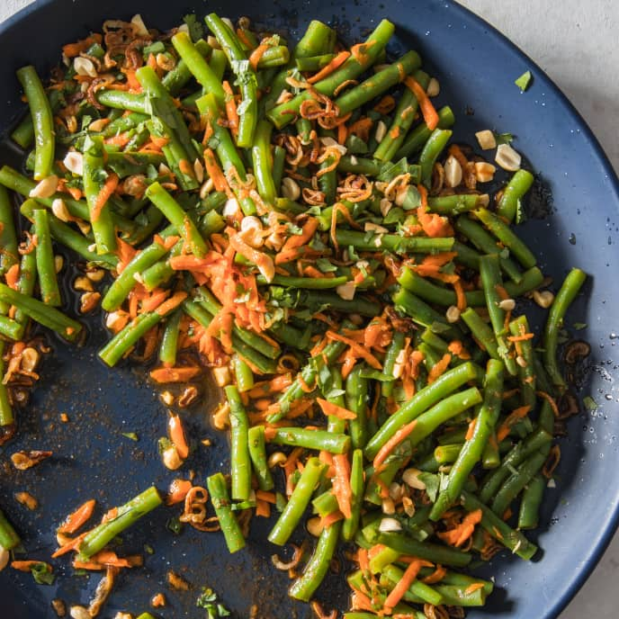 Green Bean Salad with Carrots, Cilantro, Fried Shallots, and Peanuts