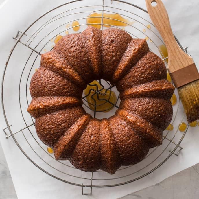 Honey–Oat Bundt Cake (Reduced Sugar)
