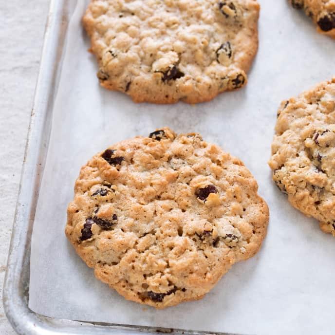 Toaster Oven Make-Ahead Oatmeal-Raisin Cookies