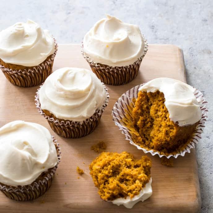 Pumpkin Cupcakes (Reduced Sugar)