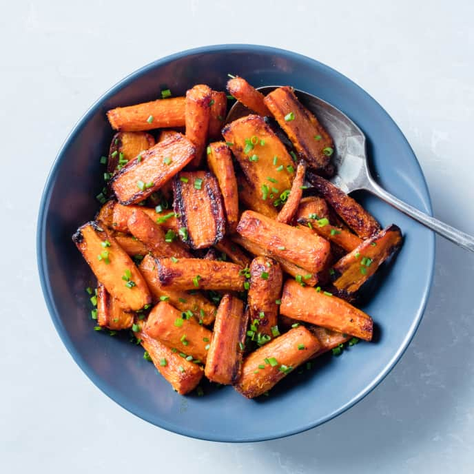 Air-Fryer Orange-Cardamom Roasted Carrots