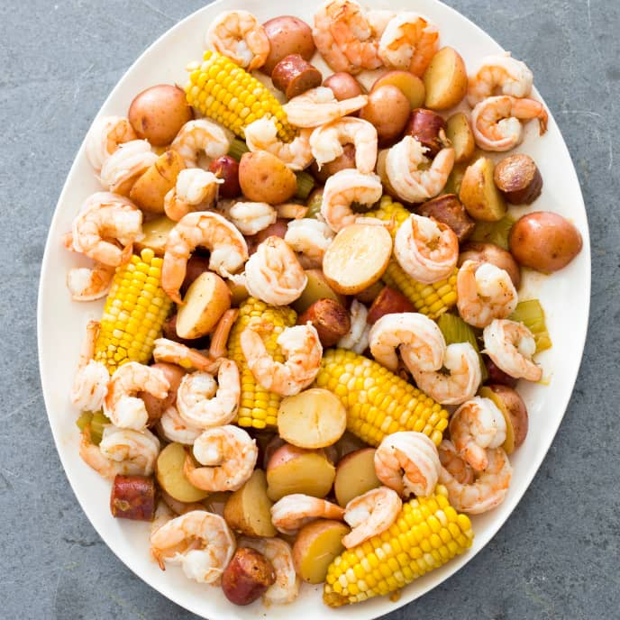 Slow-Cooker Shrimp Boil With Corn and Potatoes