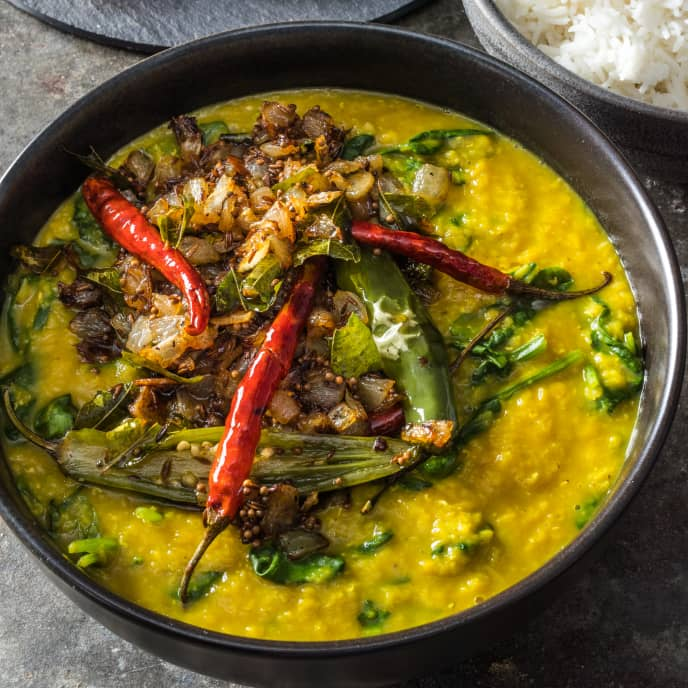 Palak Dal (Spinach Dal with Cumin and Mustard Seeds)