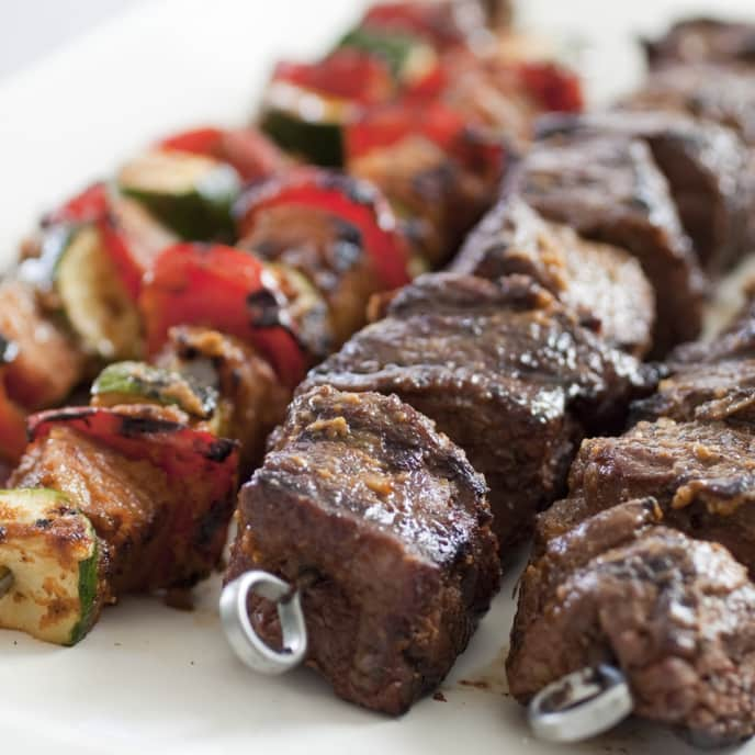 Grilled Beef Kebabs with Lemon and Rosemary Marinade