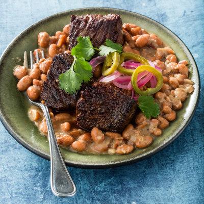 Sirloin steak tips with beans