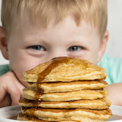 Kid with pancakes