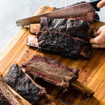 Texas-Style Smoked Beef Ribs