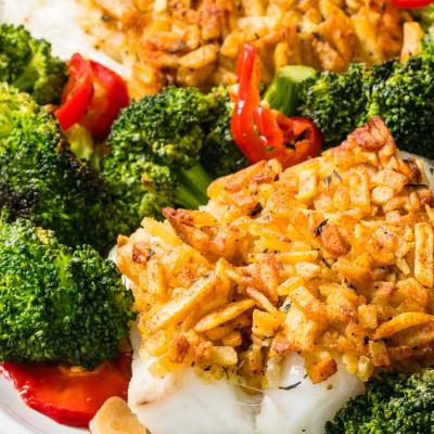 Crunchy cod with spicy broccoli.