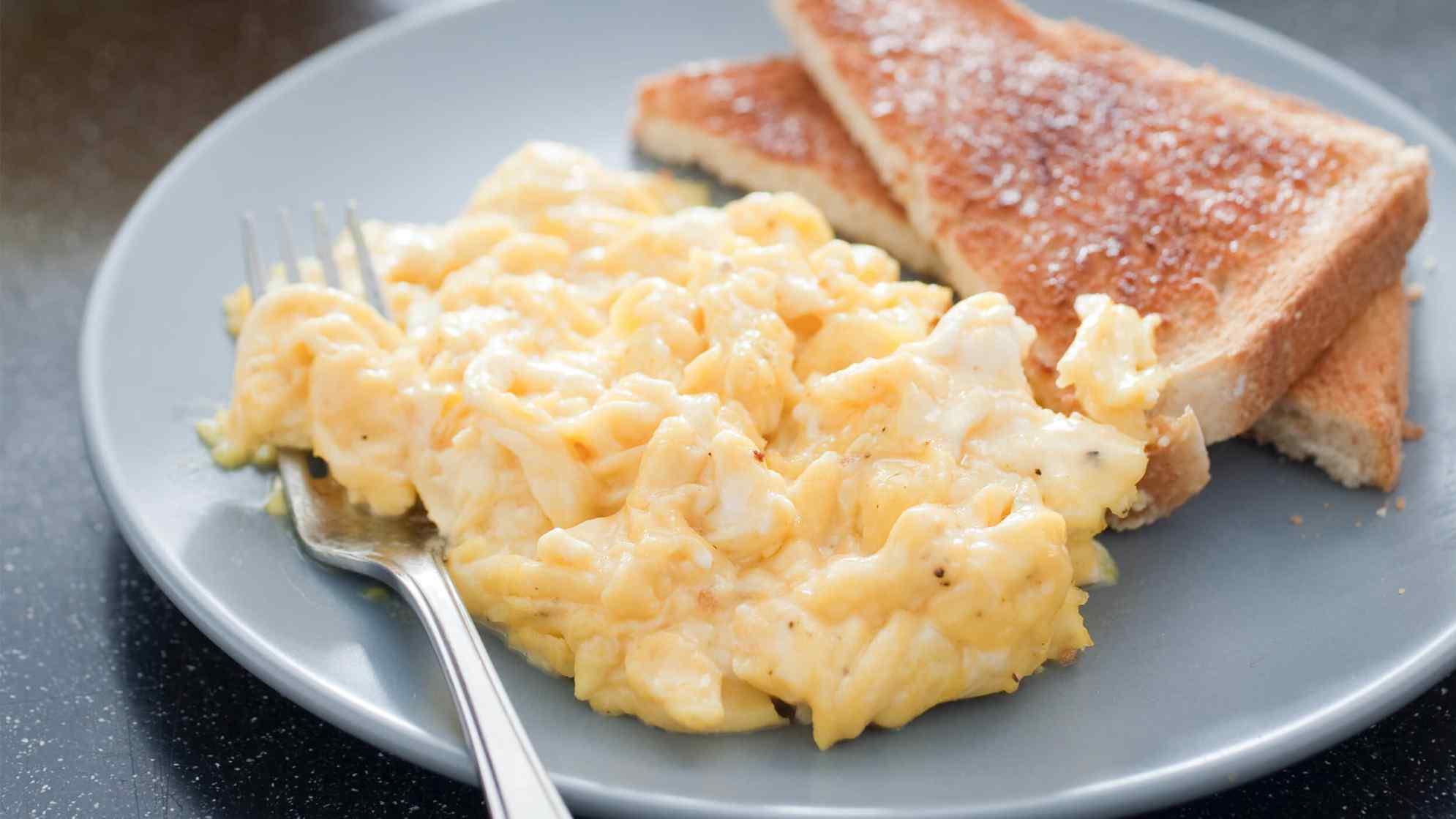 America S Test Kitchen Fluffy Scrambled Eggs Recipe